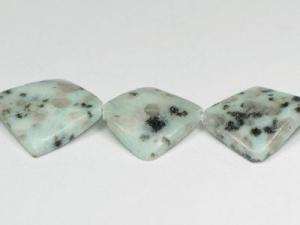 kiwi stone dice 28mmx28mm