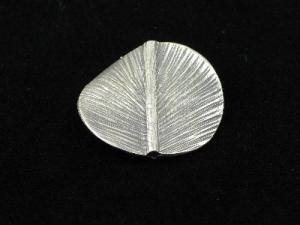 hill tribe silver round leaf
