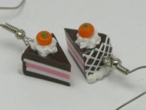 Chocolate Cake Orange/cream