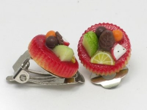 fruit tarts with clip ons
